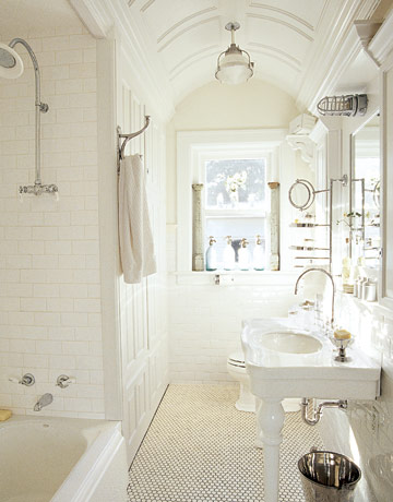 white interiors-bathroom