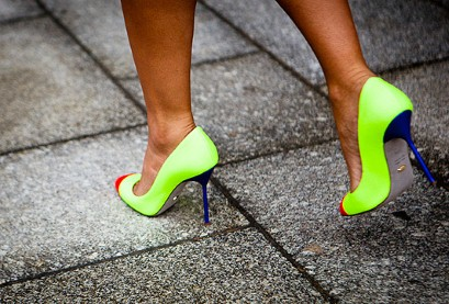 neon-shoes-tremd